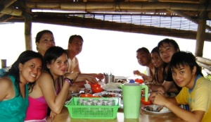 Lunch at Magic Island (Day 2)
