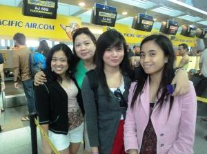 The Lovely Binuya Ladies - Ate Apol, Mama, Yang, Kamil